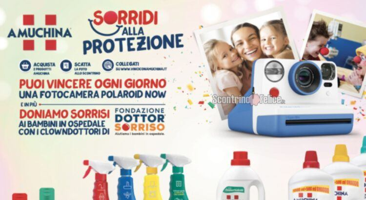 Concorso Amuchina Sorridi alla protezione vinci fotocamere Polariod Now Blu